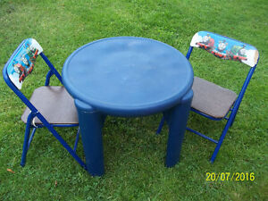 Children's Play Table Set with Two Folding Chairs (Thomas Train)