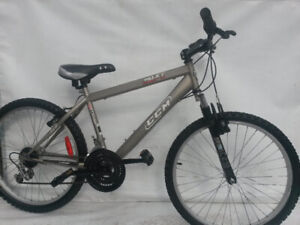Junior 24 CCM Front SUSPENSION Mountain bike height 4'0 to 5'6
