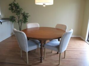 Dinning table with four chairs