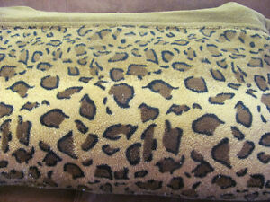 couverture léopard grand -queen size leopard blanket in fleese