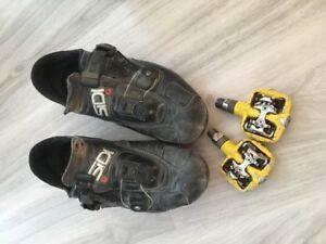 soulier et pédales pour vélo