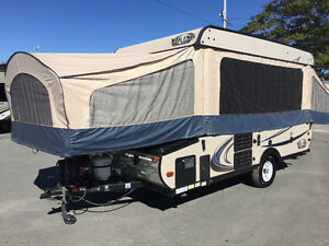Brand new tent trailer never used - Last week
