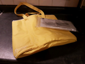 Epicure Selections Insulated Tote with Bags