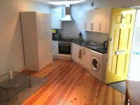 1 bedroom flat in Salisbury Pavement, Fulham, SW6