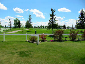 GLENIFFER LAKE  -Golf course RV lot for rent #3093