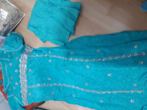 Turquoise green kamiz pant set suit - Pakistani wear. Dress
