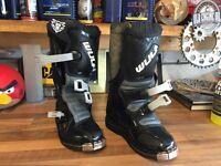 Child's motocross boots Wulf wolf sport size 33 uk size 1