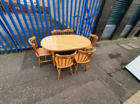 Oakwood dining room table and 6 chairs £95