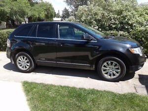 2010 Ford Edge Limited  awd,sell or trade.priced to sell fast
