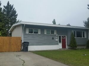 OPEN HOUSE SUNDAY MAY 29TH 1 - 2pm -- 147 McQueen Cres