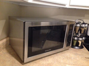 New microwave used 3 times