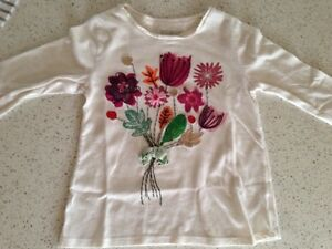 Shirts for a girl, size 2-4Y Gatineau Ottawa / Gatineau Area image 8