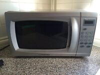 Cookworks 700w microwave in box