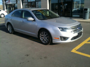 2011 Ford Fusion SEL. No Accident. AutoGrade 4.2/5 Very Clean