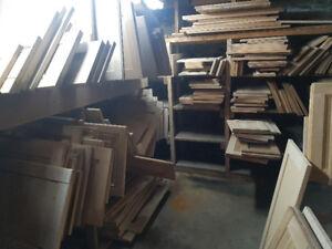 Porte d'armoire en bois