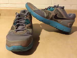 Women's Nike+ H20 Repel Linarglide 3 Running Shoes Size 9.5 London Ontario image 1