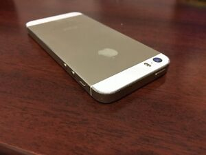 Apple iPhone 5S 16GB Gold Rogers / Chatr