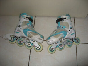 Used Youth Rollerblade size Adj 1 to 4 , 4.5 , 5, 6