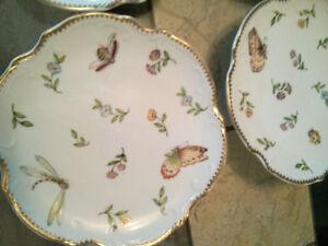 New I Godinger & Co. 4 Dessert Plates/4 Assiettes à Dessert$20.