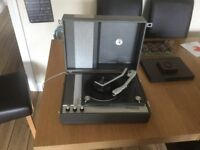 Vintage recordplayer Elizabethan mono mini BSR XIM