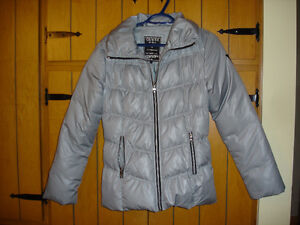 GIRLS GUESS JACKET PLUS OTHER ITEMS