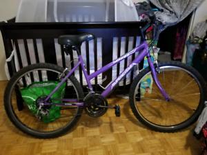 Full size women's mountain bike