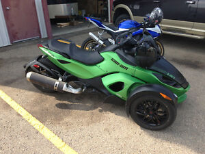 Can-Am Spyder automatic transmission