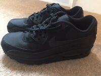 New Nike Air Max size 6 Trainers