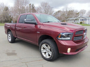 2014 RAM 1500 SPORT !! HEATED/COOLED LEATHER !! LEVELING KIT !!