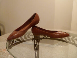 BRAND NEW!!! ALDO Leather Brown Flat Shoes