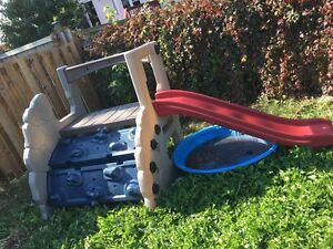 Outdoor play area, great for kids  Kitchener / Waterloo Kitchener Area image 2