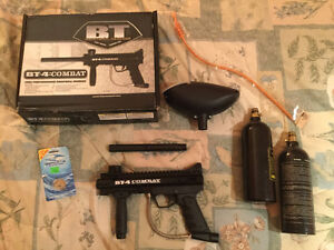 BT-4 Paintball Gun with extras