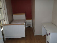 Furnished rooms - 3 Available