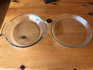 Quiche and Pie Baking Dishes