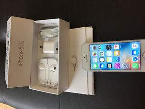 Amazing Deal 100% never been used  White iPhone 5S 16G unlocked