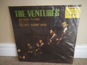 MINT VINTAGE The Ventures Television Theme Song 33-1/3 LP Record
