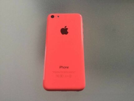 BRAND NEW APPLE IPHONE 5C IN STUNNING PINK UNLOCKED TO ANY
