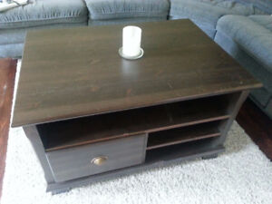 Nice and practical coffee table with shelves and drawers (03)