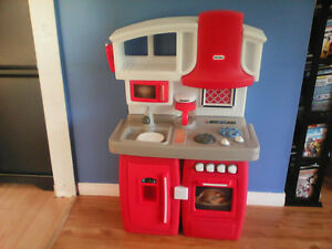 little tikes kitchen Kingston Kingston Area image 2