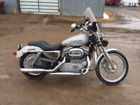 Harley 883 Sportster in new condition