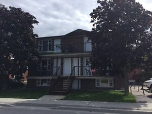 2 Bedroom Apartment close to Algonquin Ave