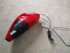 Dirt devil portable vacuum cleaner