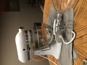 Mixer -Like new condition (Used approximately 5x's)