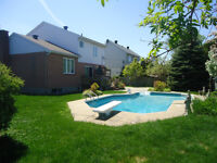 Split-level, Superior Landscaping, Underground Pool! (Brossard)