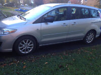 2008 Mazda5 GS Hatchback with winter tires on Rims- low KM