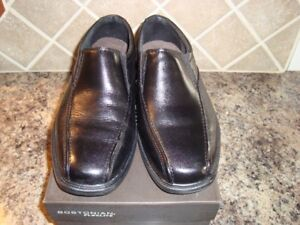 1 PAIR MENS BOSTONIAN LEATHER DRESS SHOES SIZE 8