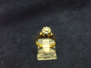 DIAMOND CLUSTER 14K YELLOW GOLD LADIES RING (C2015670)