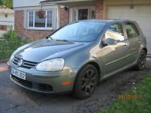2008 Volkswagen Rabbit ,2.5L ,5 Vit, 194,000 km  $2800