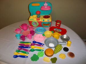 Small Kitchen/Laundry Play Set With 48 Accessories!