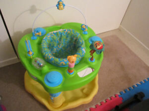 FOR SALE: BABY EXERSAUCER  ASKING $20.00.